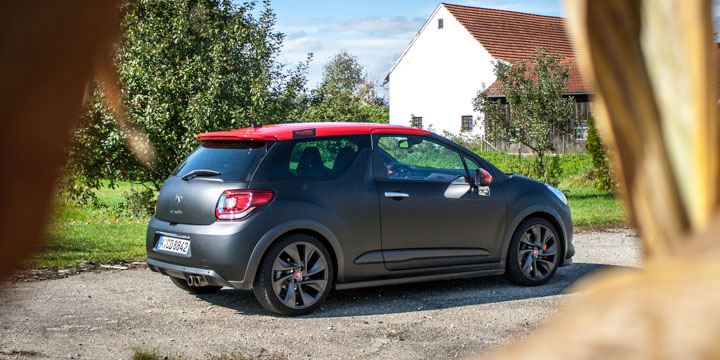 Citron DS3 Racing S. Loeb Edition